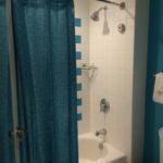 Cabana Bay Beach Resort Tub/Shower
