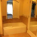 Portofino Bay Resort Villa Room Bathtub